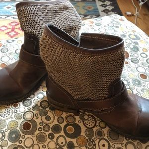 Sundance collection leather ankle boot 39